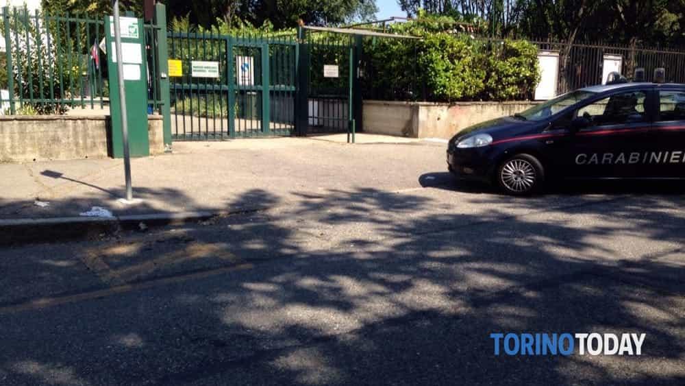 Baby gang all 39 assalto della piscina lombardia i bidoni for Piscina alpignano