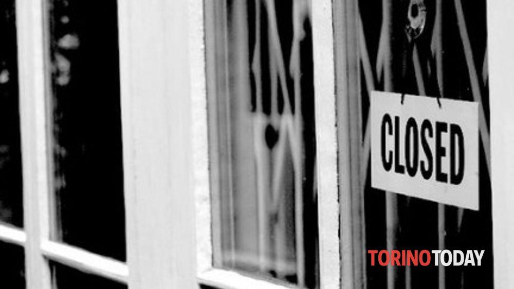 Pasqua (pomeriggio) e Pasquetta, il presidente Cirio chiude tutti i negozi